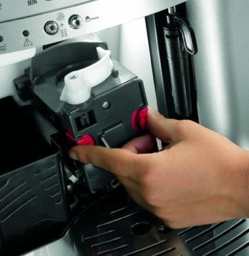 DeLonghi ESAM 3000.B Kaffee-Vollautomat (1100 Watt, 1,8 Liter, 15 bar, Dampfdüse) schwarz -