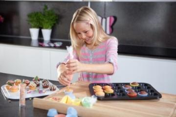 KAISER 24er Mini-Muffinform 38 x 27 cm Creativ sehr gute Antihaftbeschichtung kurze Backzeit für süße und herzhafte Rezepte -