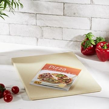 Levivo Pizzastein/Brotbackstein aus hitzebeständigem Cordierit, 30 x 38 x 1,5 cm & GU Buch